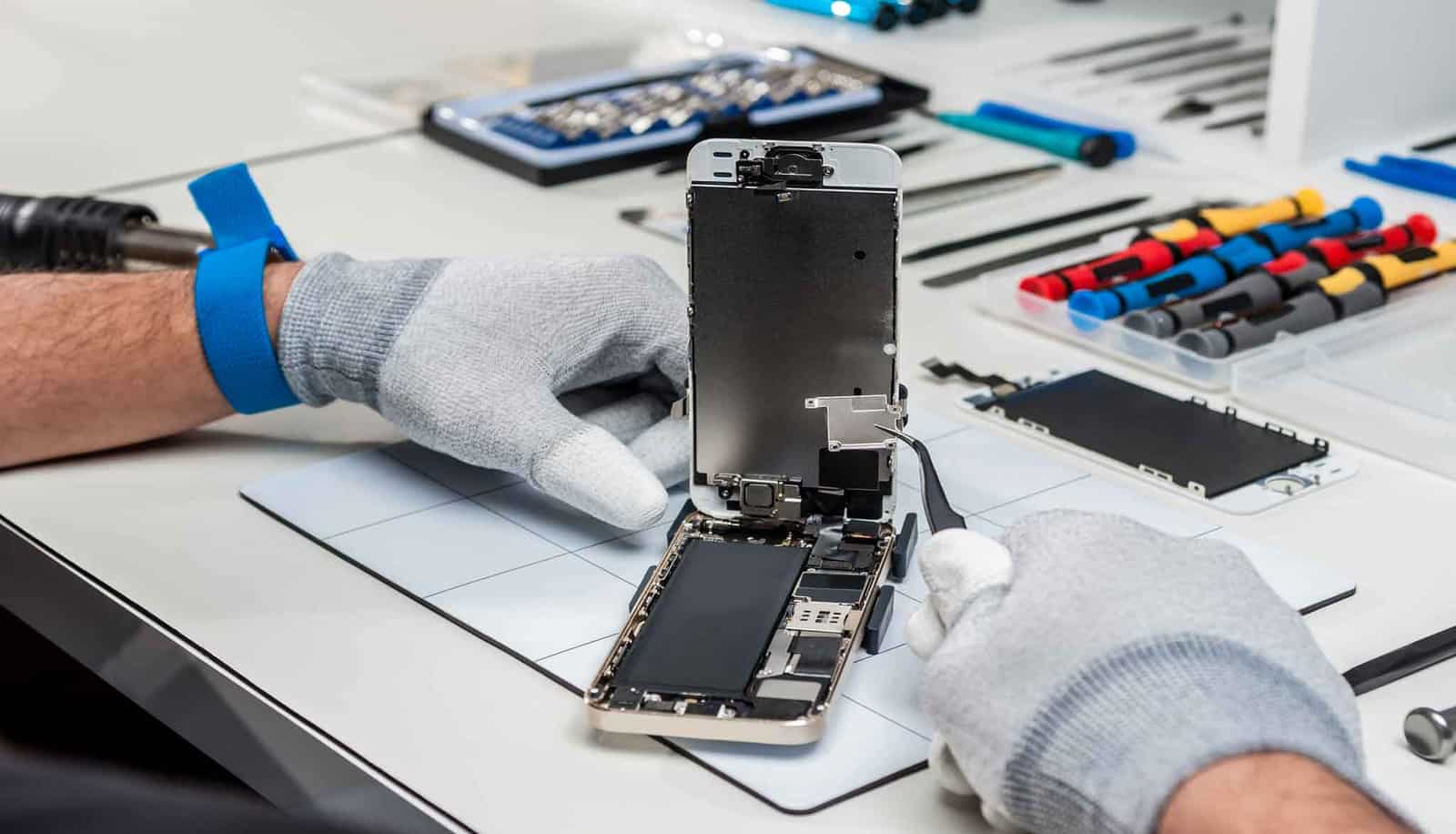 Mobile phone repair companies